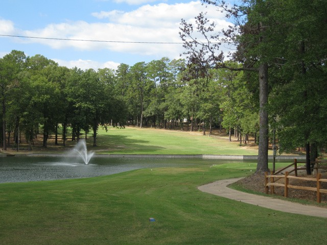 signature hole of holly lake golf course.