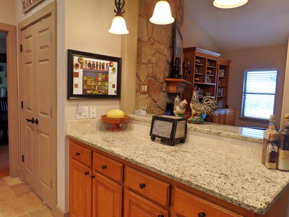 breakfast bar and double pantry